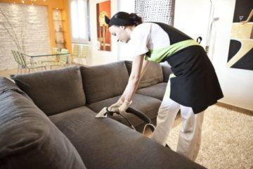 Come pulire divani e materassi